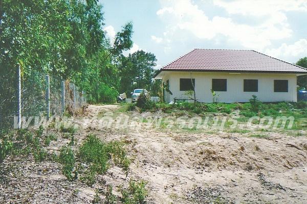 ต้องการขายบ้านพร้อมที่ดินจังหวัดร้อยเอ็ด